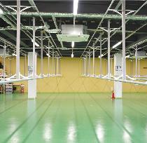 湿度、温度管理が万全な専用クローゼットにて長期保管可能